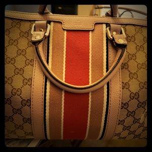 Gucci bag $450 obo